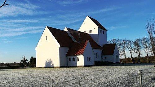Gudstjeneste nadver i Hampen kirke