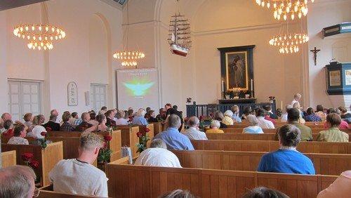 Højmesse med nadver - uden menighedssang