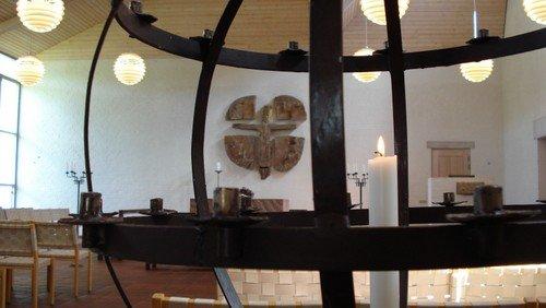 Kirken er åben - Kort gudstjeneste ved Mette Enevold