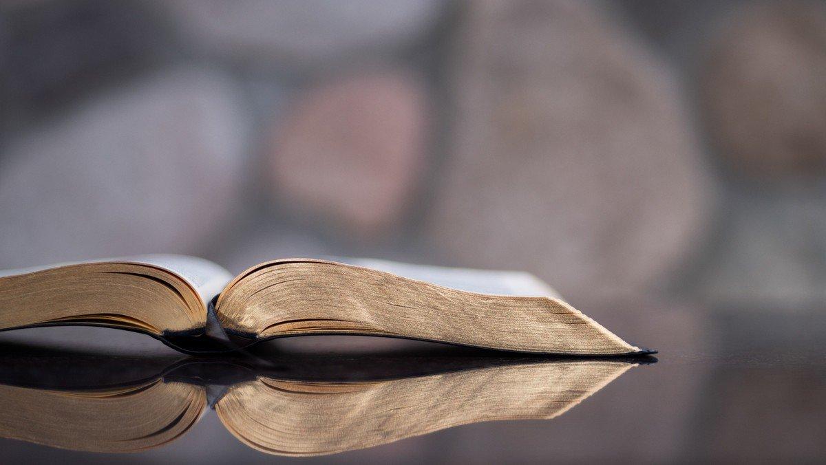 Hybrid - Kreis für Glaubensfragen