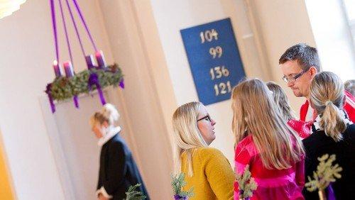 Familievenlig julegudstjeneste v/ Helene Ferslev og Sandra Fallesen