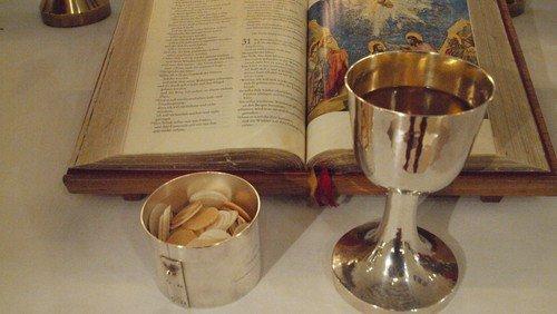 Gottesdienst mit Abendmahl - Wein