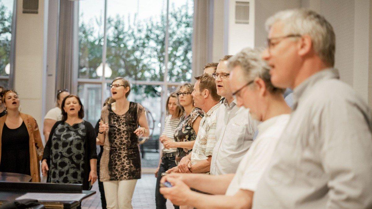 AFLYST New Joy Gospel Choir