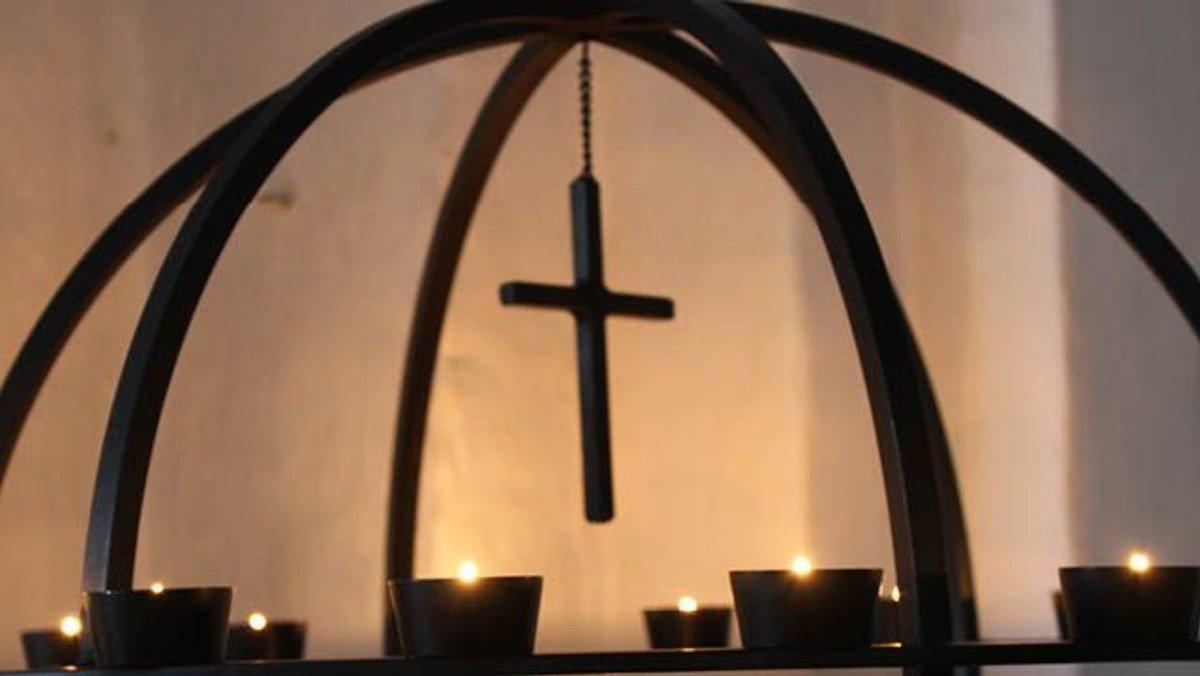 Aftensang i kirkerummet