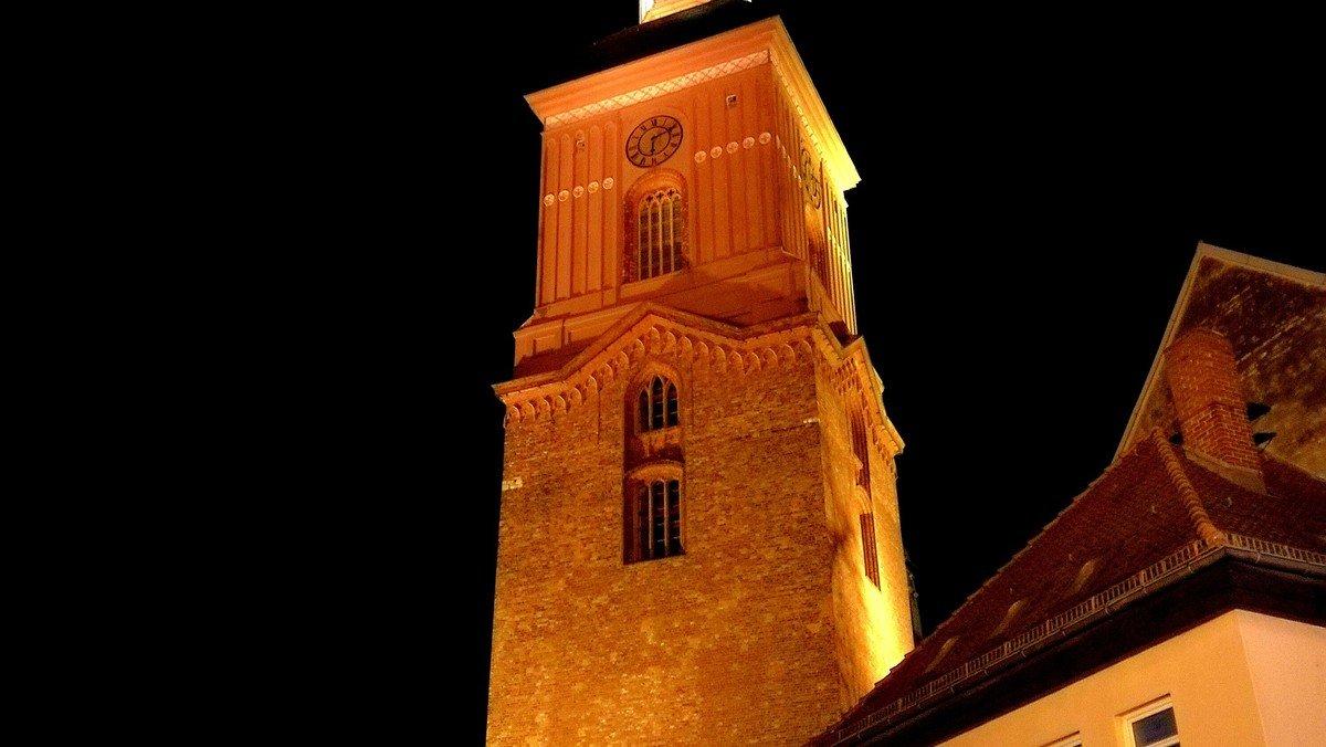 Church Night für Jugendliche mit Übernachtung in der St. Nikolai Kirche
