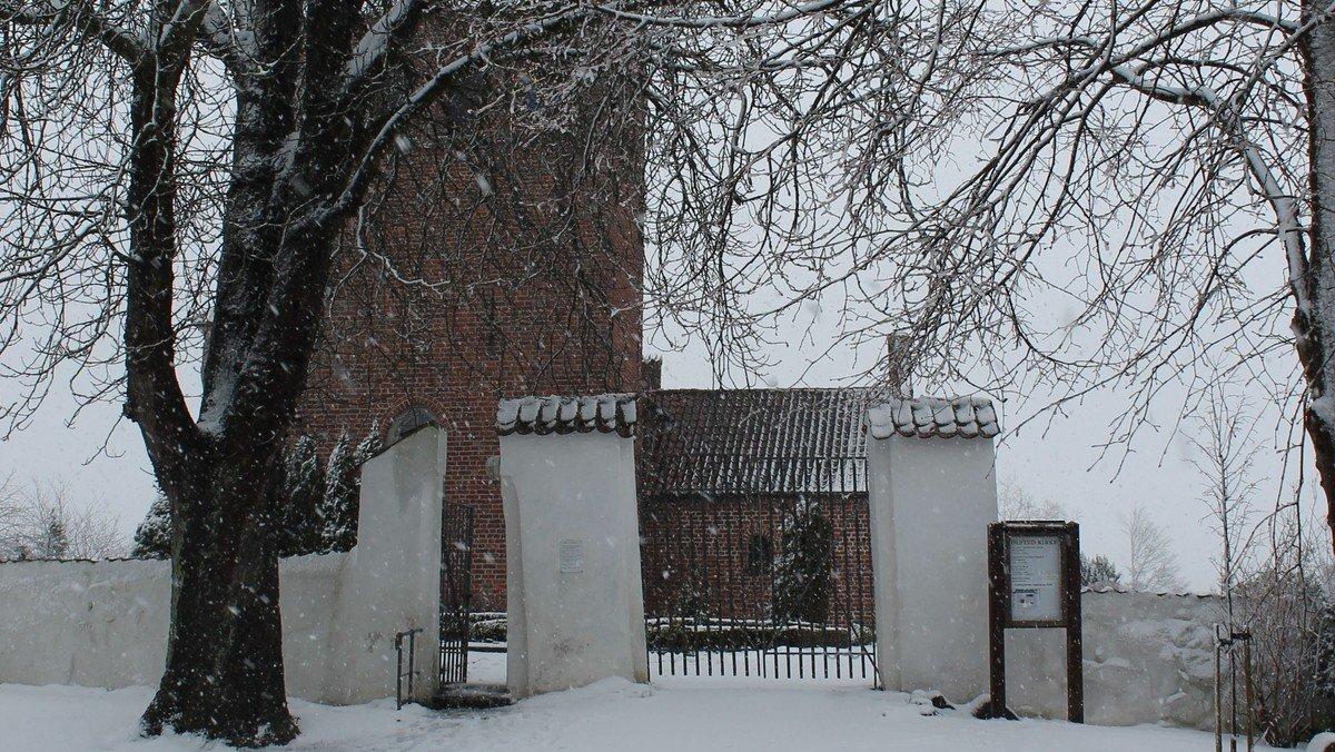 Syng julen ind i Ølsted kirke