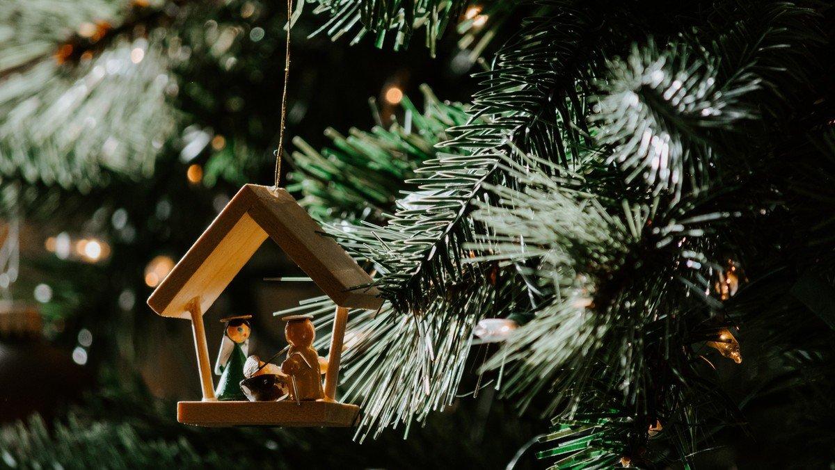AFLYST Anden Juledag ved Anette Lyneborg
