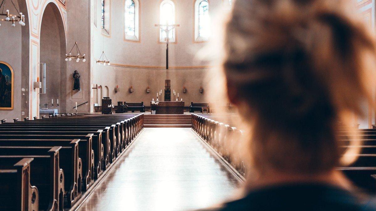 Gudstjeneste v.  Christina I. Wandel prædikant Sarah Schelde cand. theol