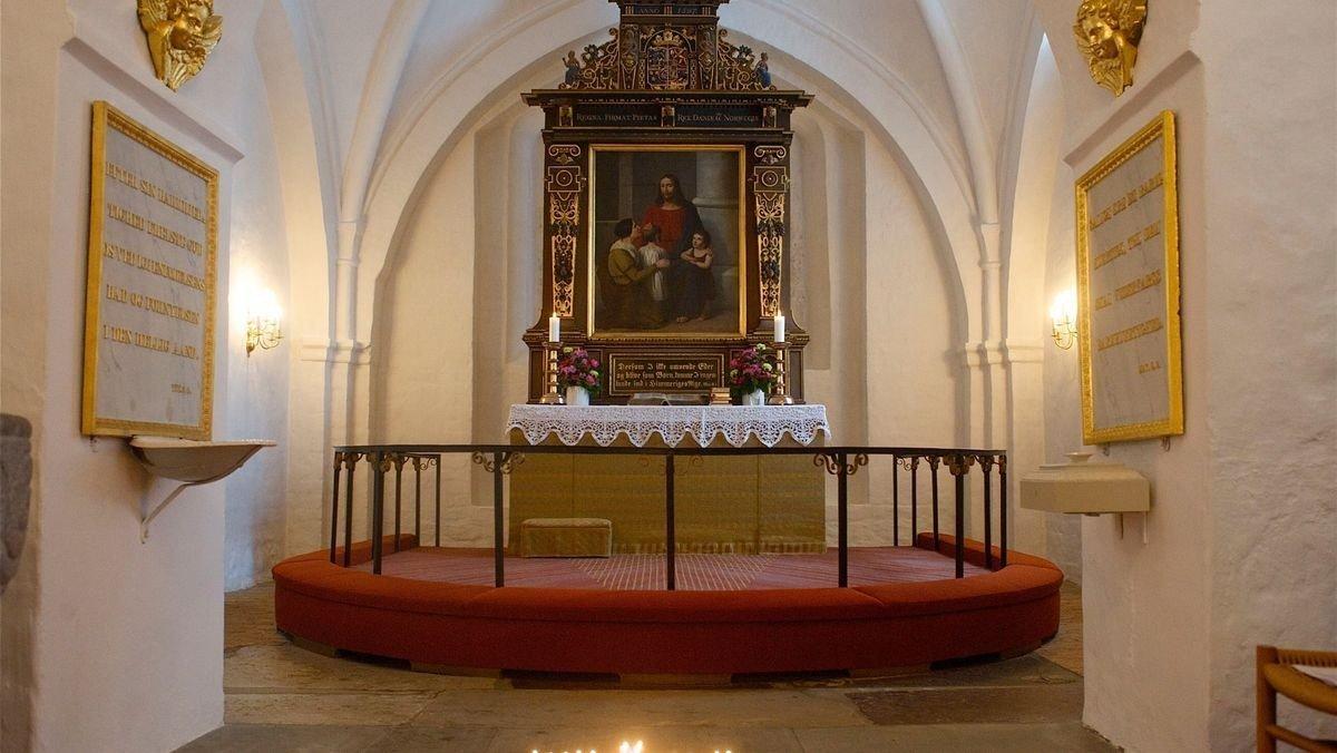 Kort gudstjeneste Karlebo Kirke