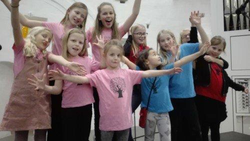 AFLYST - singing superkids