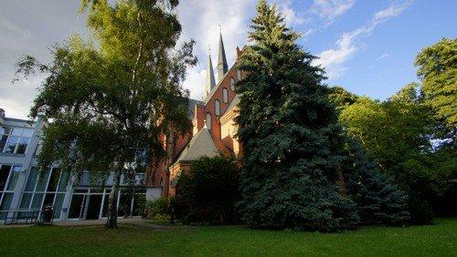 Auenkirche; Foto: Stefan Sparberg