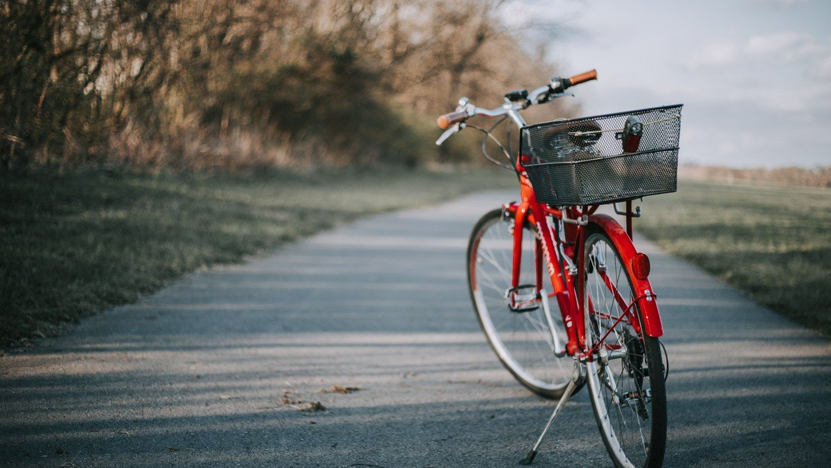 500 KM PÅ CYKEL MED EN CELLO BAGPÅ – KONCERT OG FORTÆLLING FRA KØBENHAVN TIL SKAGEN MED IDA RIEGELS