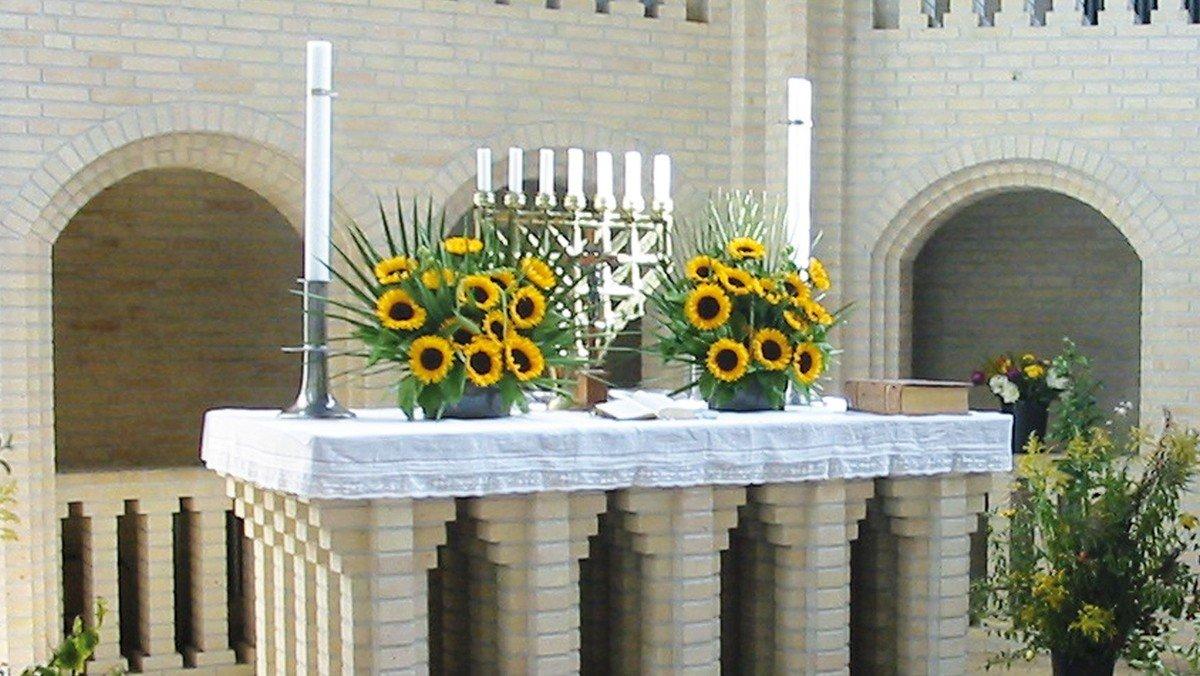 Høstgudstjeneste og fejring af kirkens fødselsdag