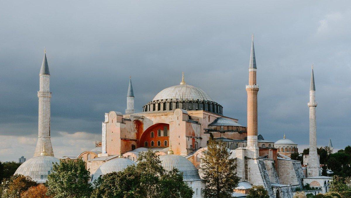 Korsvejstræf: Det byzantinske rige og Hagia Sofia