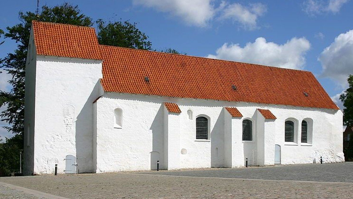 Gudstjeneste i Asmild Kirke v. Mads Bjerre Gram