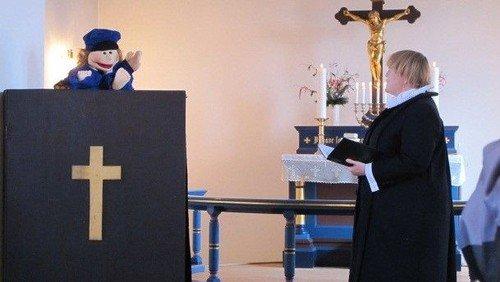 Fastelavnsgudstjeneste   i Gludsted kirke