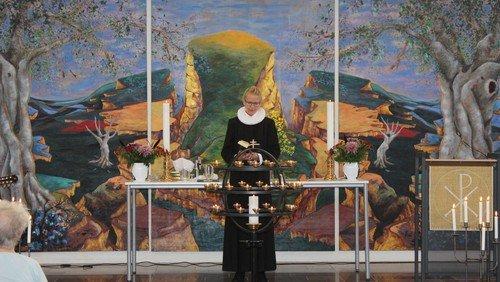Formiddagsgudstjeneste med orgel