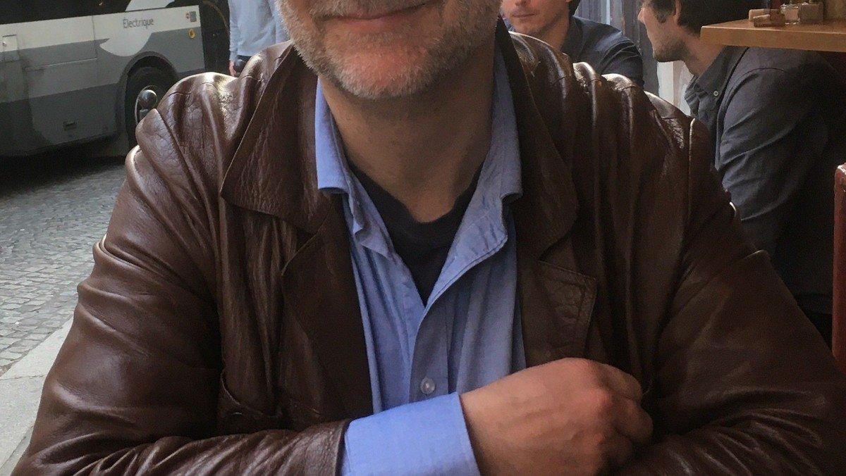 """AFLYST - Foredrag """"Mit år i Paris"""" ved Lars Fløe"""