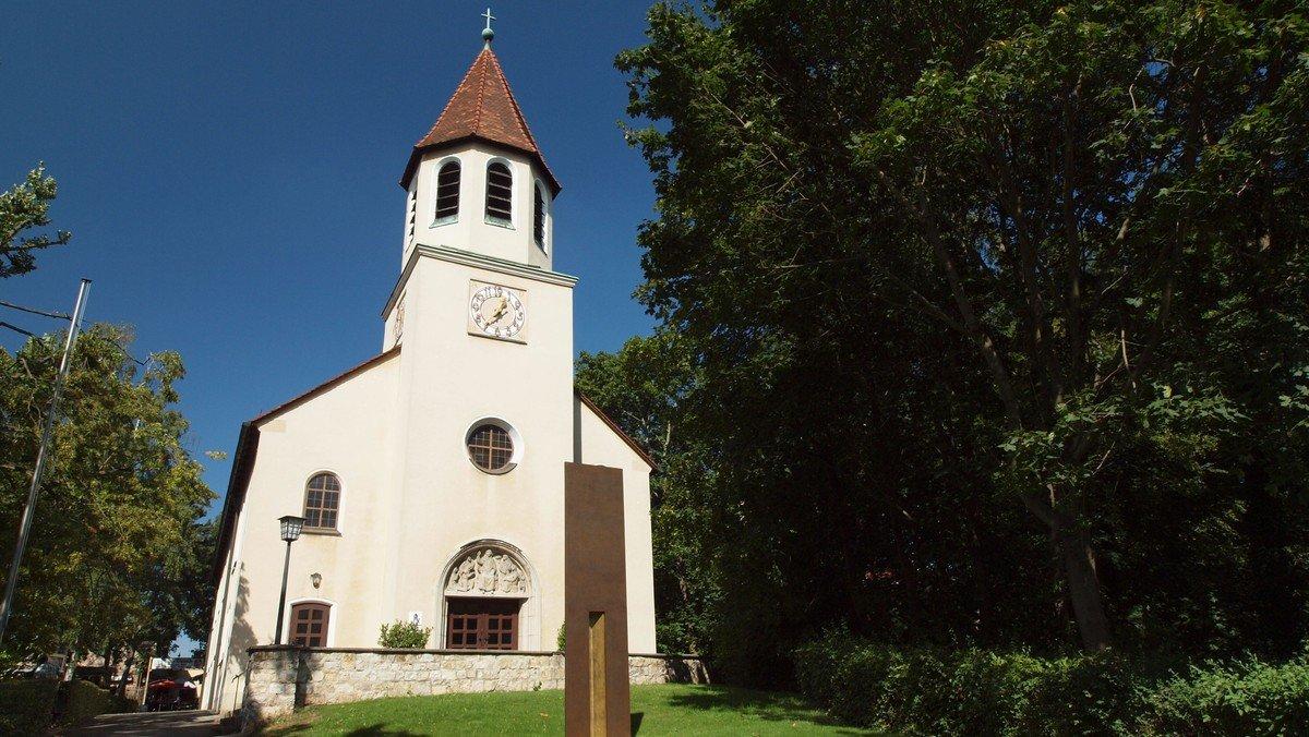 Gottesdienst Open-air im Gemeindehaus mit Verabschiedung Anne Roos