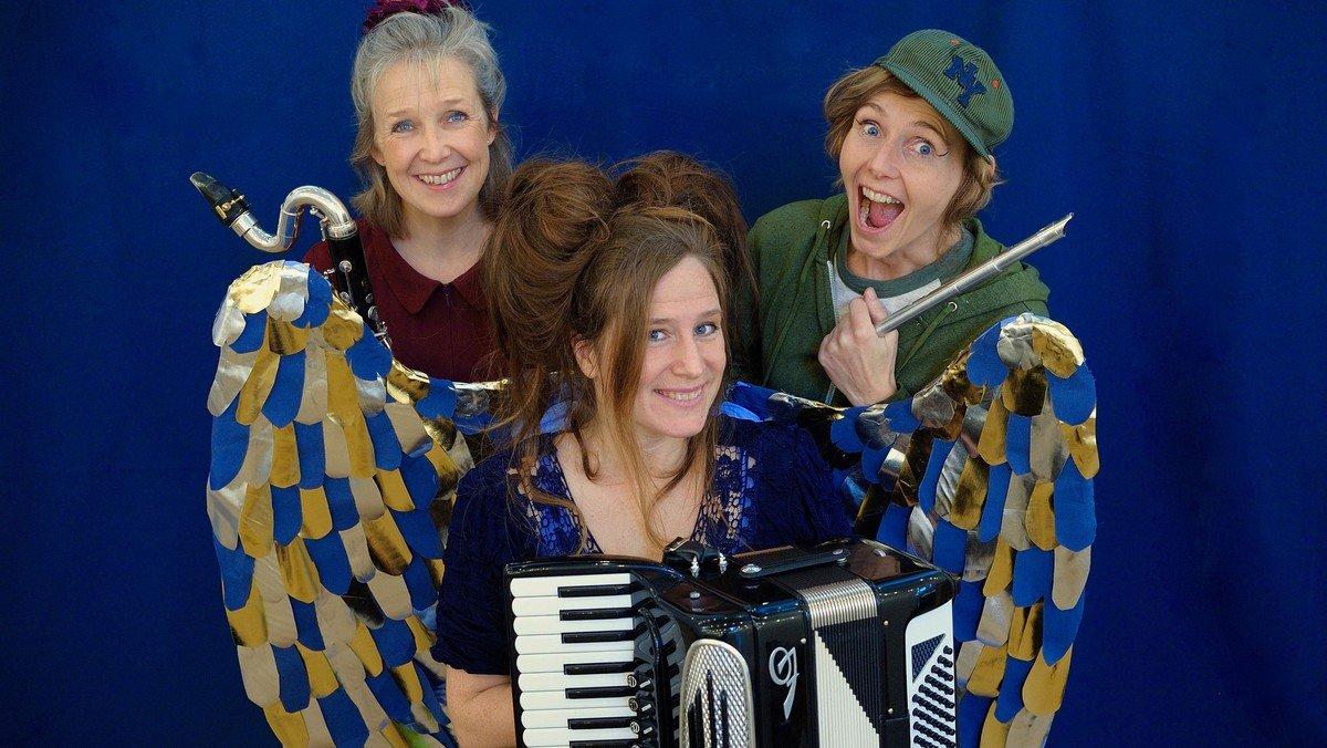 BØRNEKONCERT - musikfortælling i Fensmark Kirke - Tine Skau, Anja Præst og Maren Hallberg opfører forestillingen ENGLE