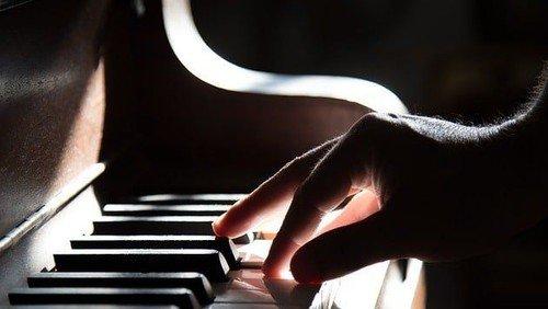 Koncert med Dominik Wizjan