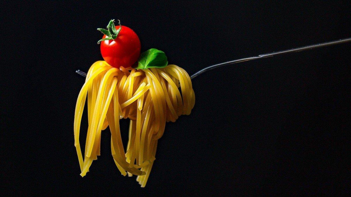 Gudstjeneste og Spaghetti Asmild