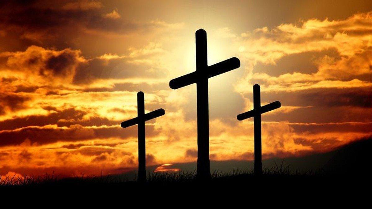 Gudstjeneste i Smørum Kirke-Påskedag fra første række