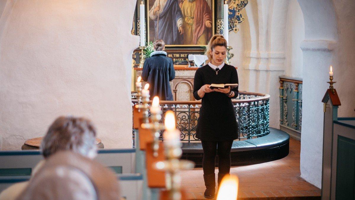 Højmesse i Ganløse Kirke ved Malene Buus Graeser