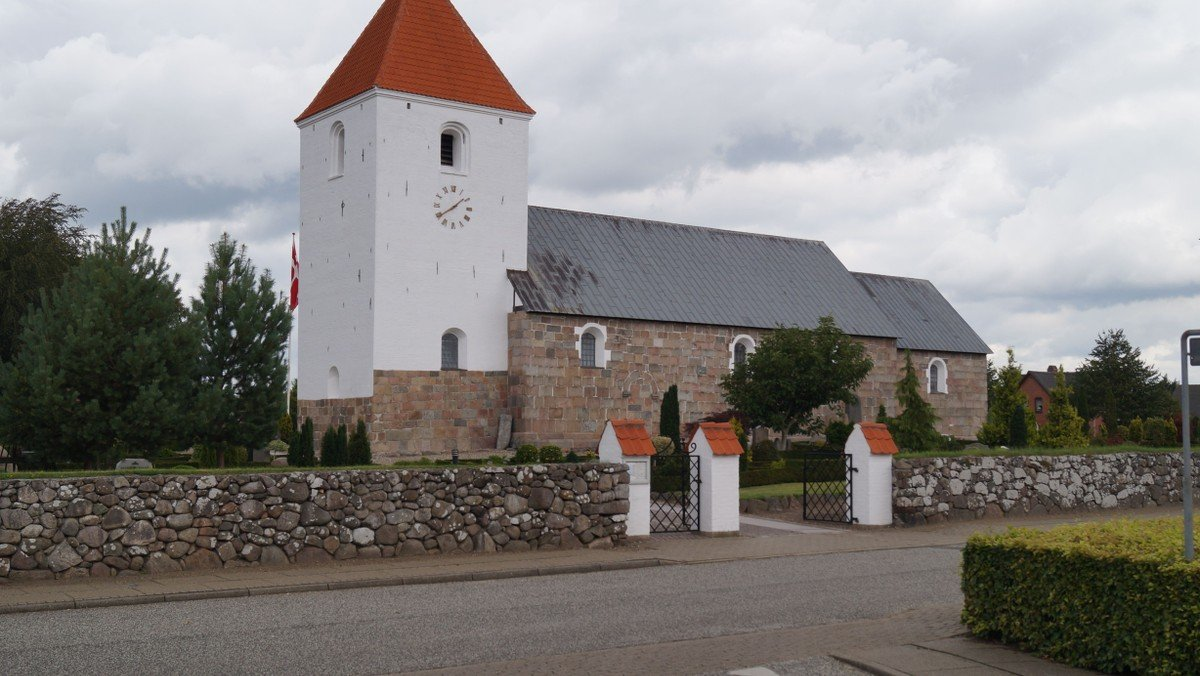 Farsø Kirke. Gudstjeneste