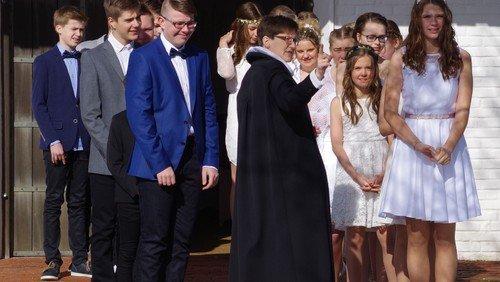 Konfirmationsgudstjeneste/  v. Bente Hjul Johannessen