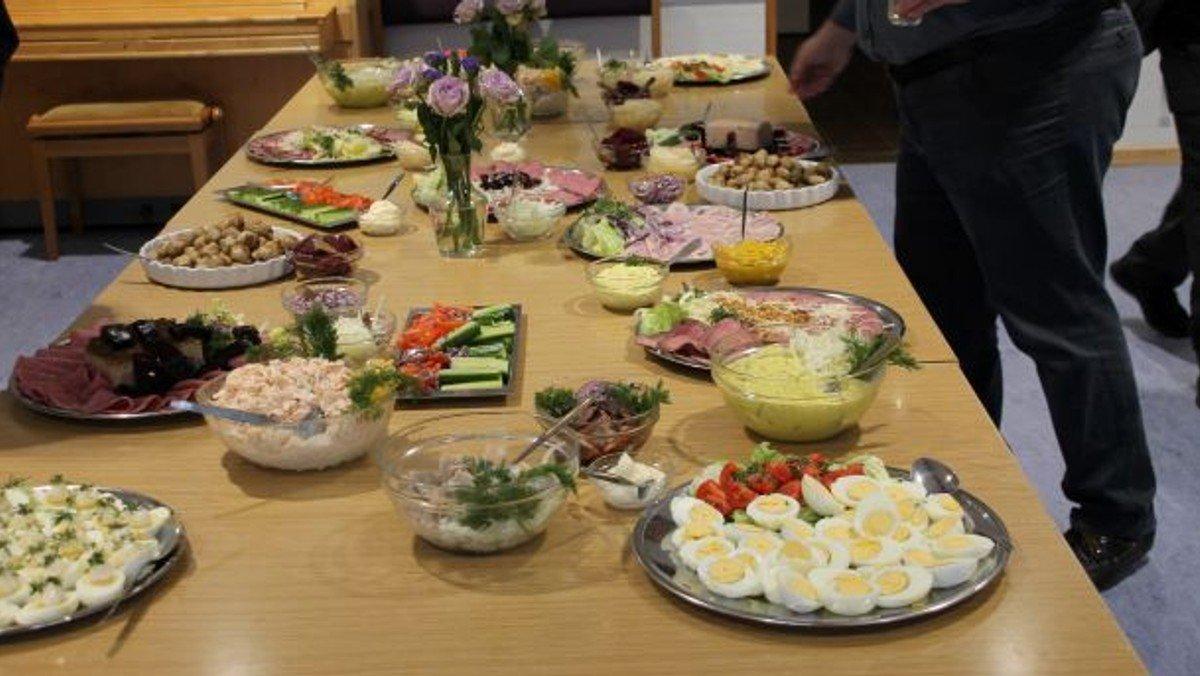 Årlig menighedsmøde + Frokost