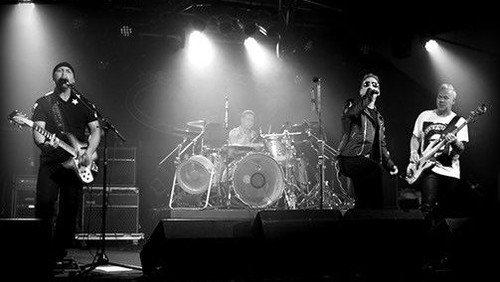 gudstjeneste og koncert med U2-band
