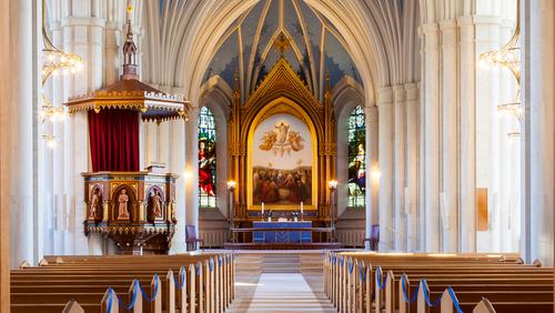 Højmesse i Sankt Johannes kirke (INGEN DÅB)