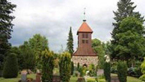 Familiengottesdienst  in Gatow im Kirchgarten