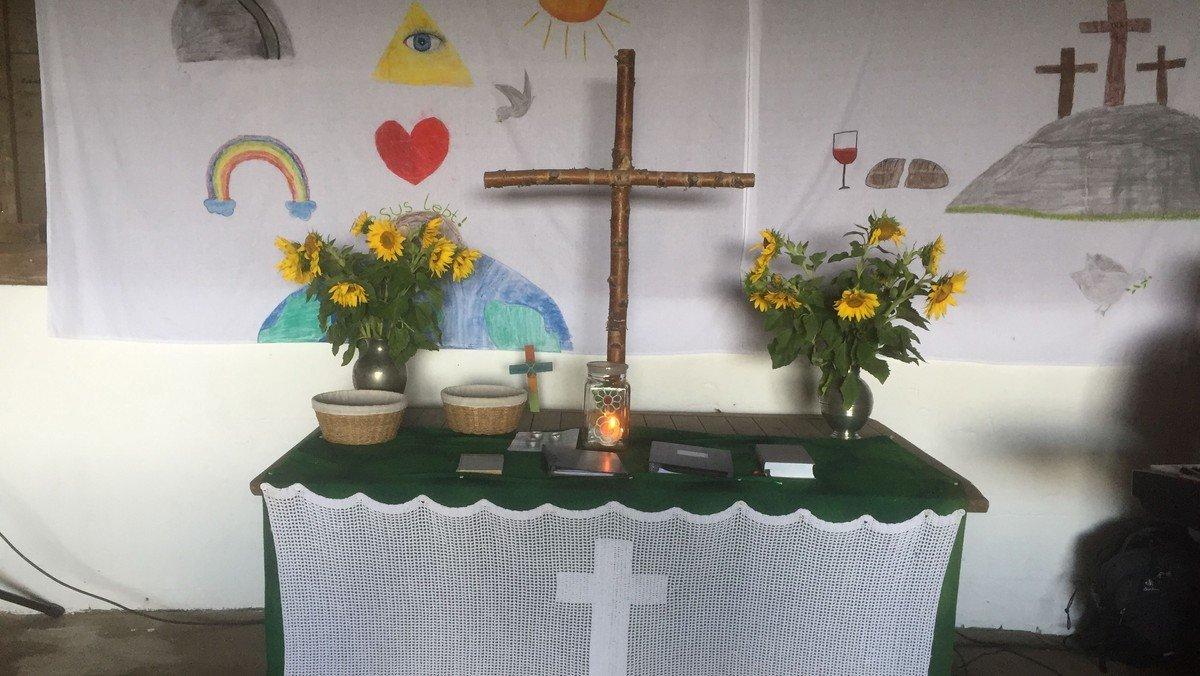 Kreutzener Scheunengottesdienst mit Taufen