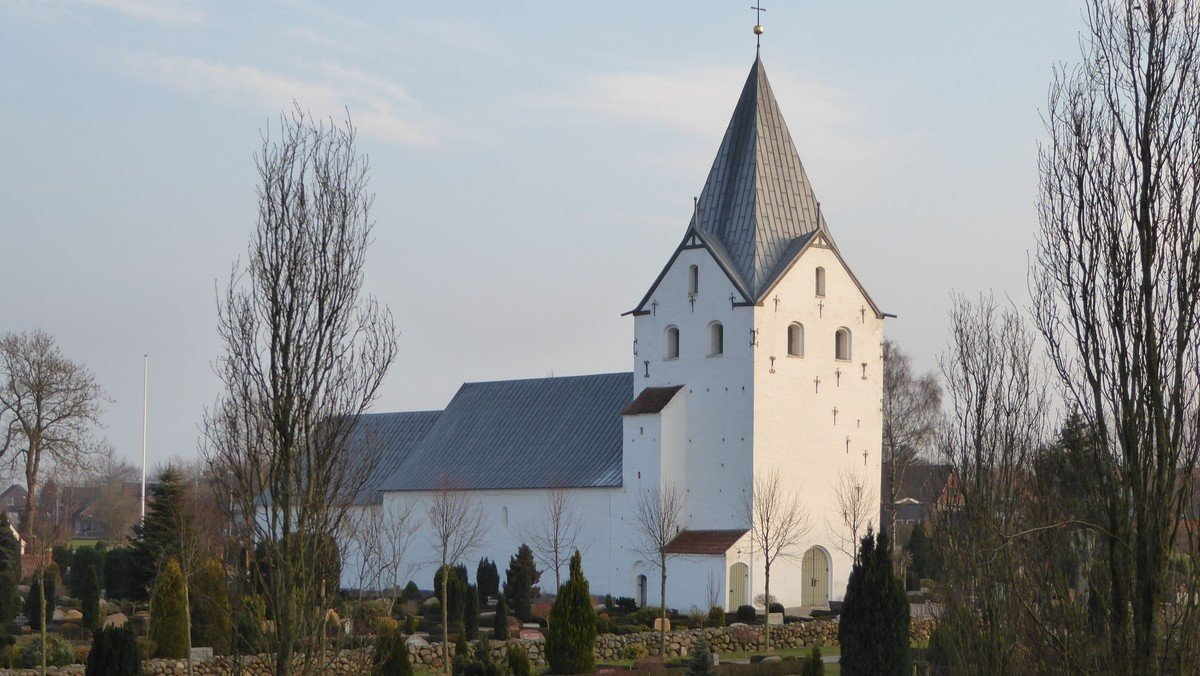 Gram kirke:  Gudstjeneste v. Munch kl. 10.30