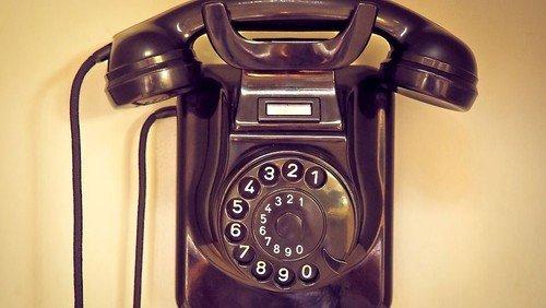 Offenes Gespräch über Gott und die Welt - am Telefon