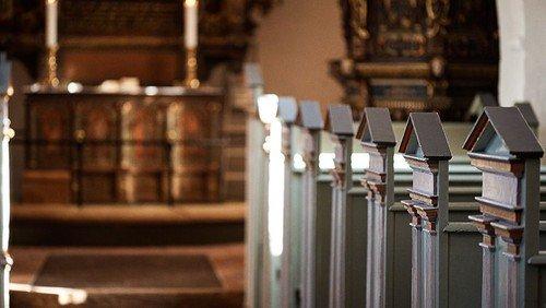 Himmelev Kirke er åben for stilhed og personlig andagt (ingen gudstjeneste) (kopi)
