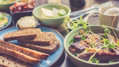 Frokost og foredrag