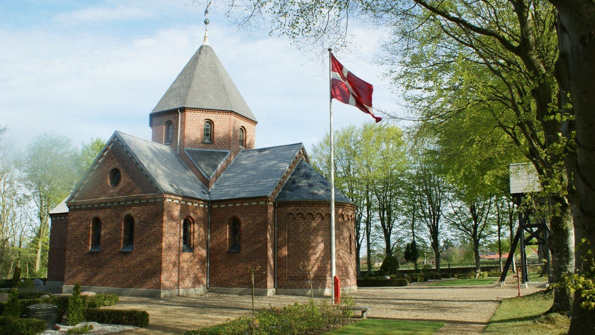 Gudstjeneste - høst - i Tiphede kirke
