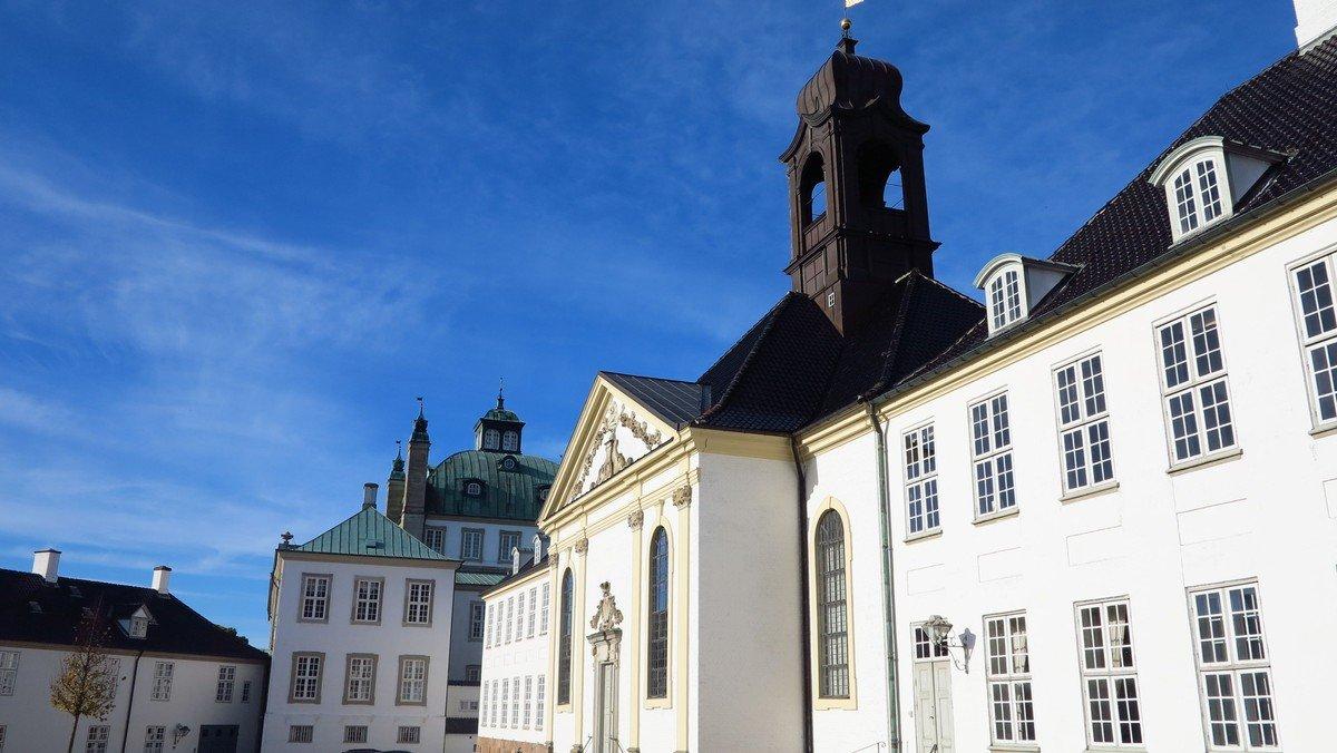 Gudstjeneste i Fredensborg Slotskirke
