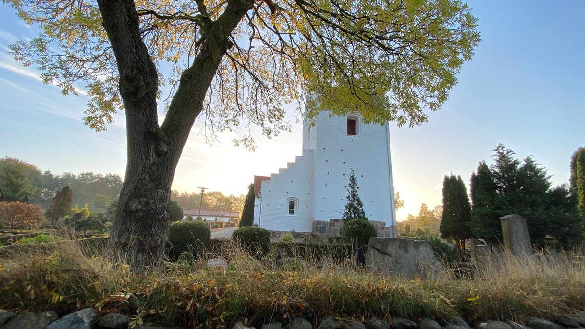 Gudstjeneste Sdr. Tranders kirke v. Mette Tved