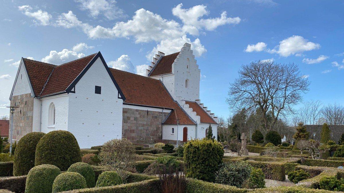 Gudstjeneste Sdr. Tranders kirke v. Line Vesterlund