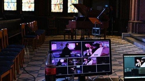 ATELIER:KIRCHE hybrid mit Kunst und besonderer Musik