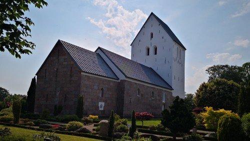 Pinsegudstjeneste med nadver i Hellevad Kirke