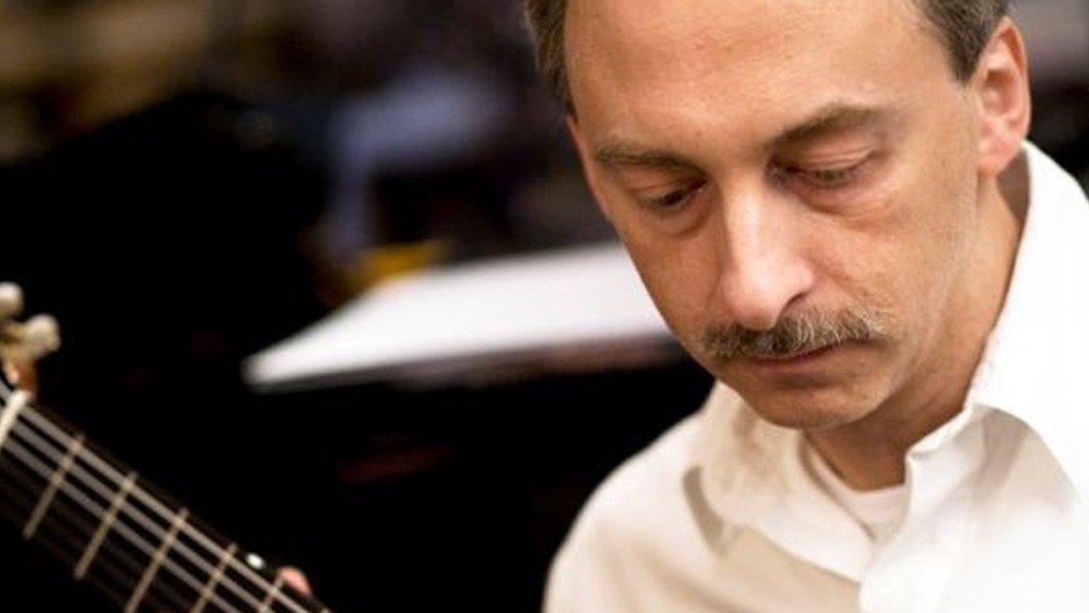 Solokoncert med guitaristen Carsten Pedersen