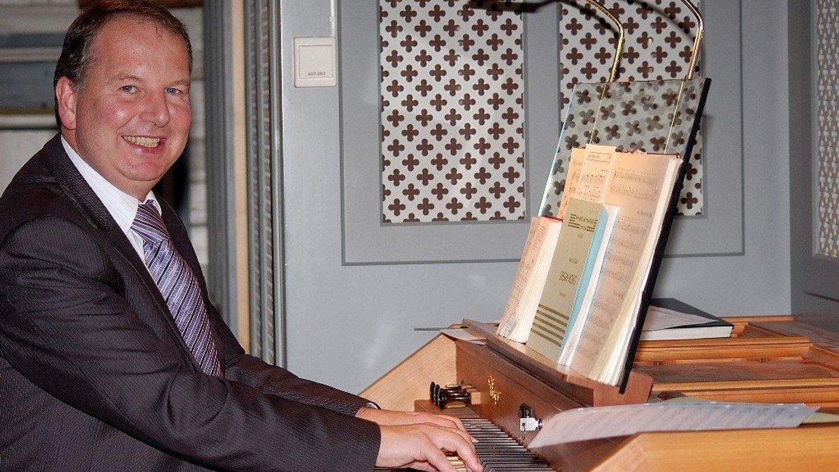 """VFK & Vennerne: """"Fransk og tysk musik i wallisiske hænder"""" Gethin Davies-Jones, orgel"""