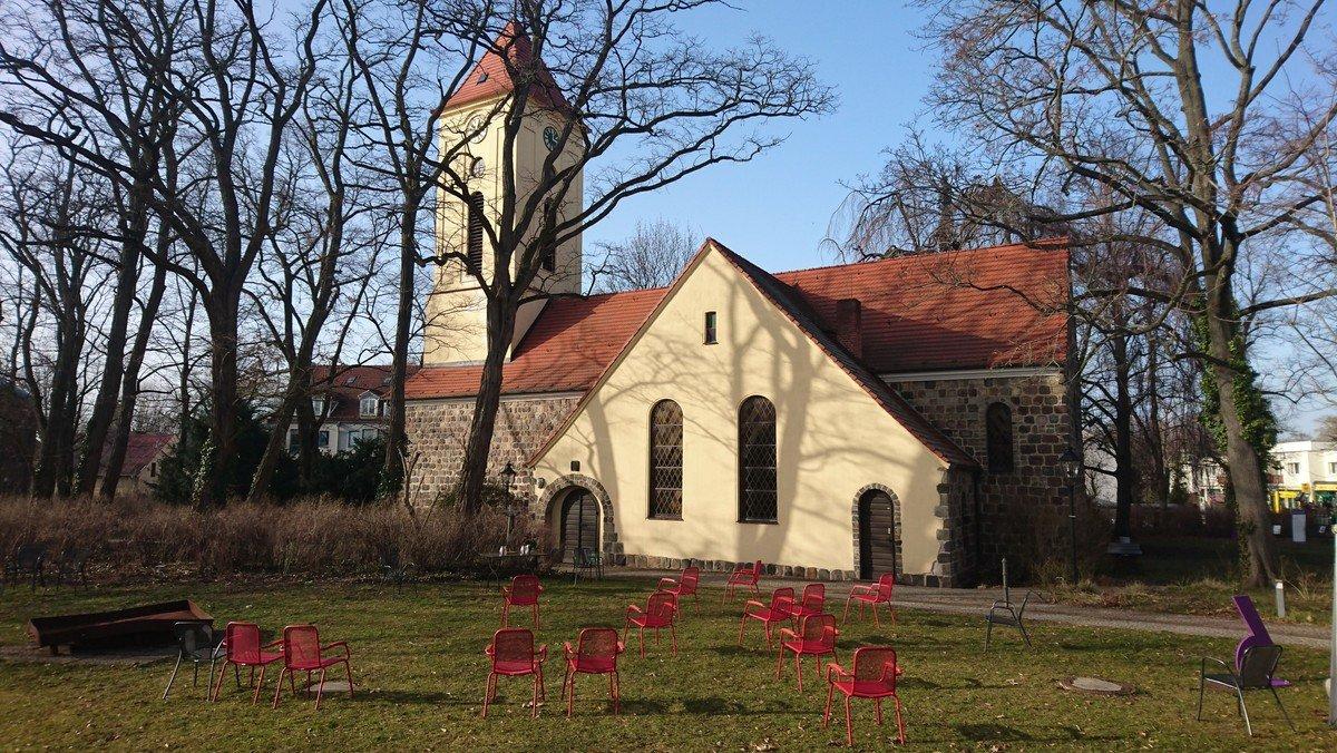 Andacht im Kirchgarten