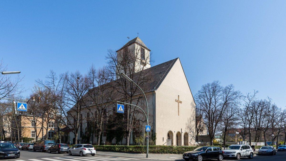 Offene Kirche / Offener Garten an Christi Himmelfahrt