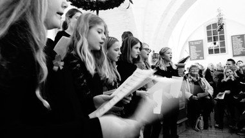 Pigekor i præstegård/kirke